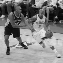 Caron Butler signs two-year deal with Detroit