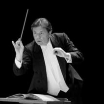 Gerard Schwarz to feature Mozart's final three symphonies