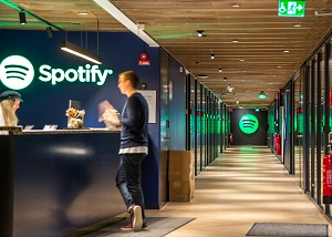 Spotify Is Reportedly Looking to Acquire Some of Your Favorite Podcasts in Deal With Gimlet Media