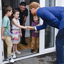 This 5-Year-Old Wouldn't Let Prince Harry Into Her Home Until He Did This