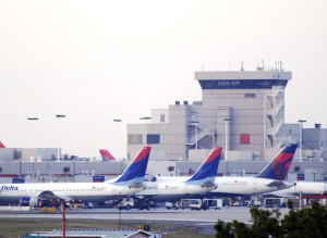 No Bombs Found On Planes At Atlanta Airport After Threats