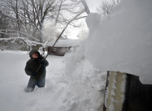 Troubles From Epic Snowfall In New York Set To Get Even Worse