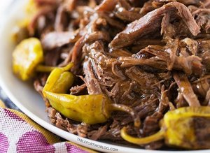 5-Ingredient Slow Cooker Recipes For Those Busy Weeknights