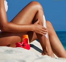 These Are The Best Mineral Sunscreens, According To Dermatologists